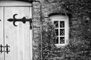 Maja taastamine - uksed ja aknad