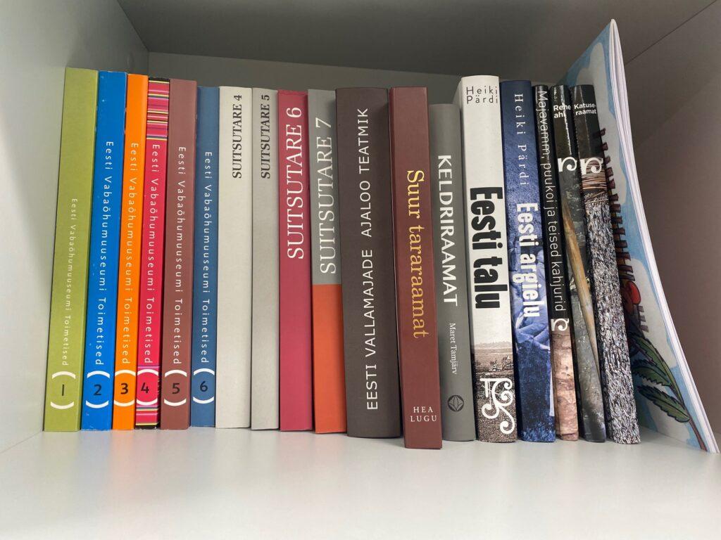 Keskuse raamatud